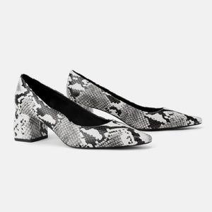 Zara Snake Skin Wide Mid-Height Heel Shoes NEW